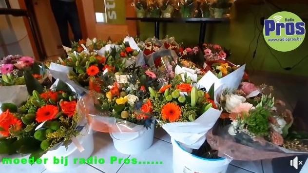 Klik op de bloemen voor het filmpje !